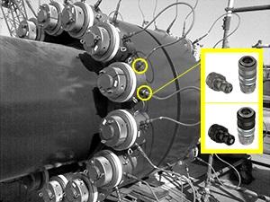 Hydraulic bolt tensioning